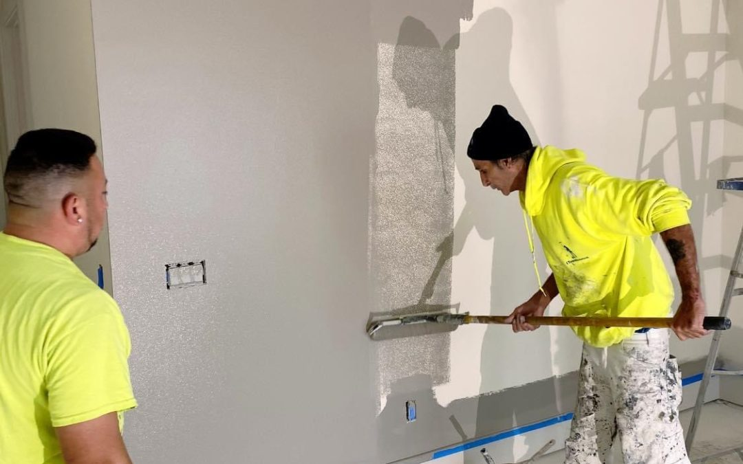 HOW TO HIRE A PAINTER